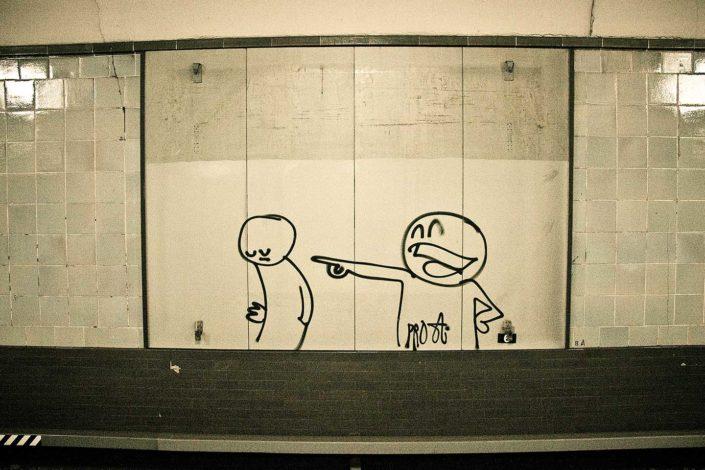 Grafitti en estación de metro
