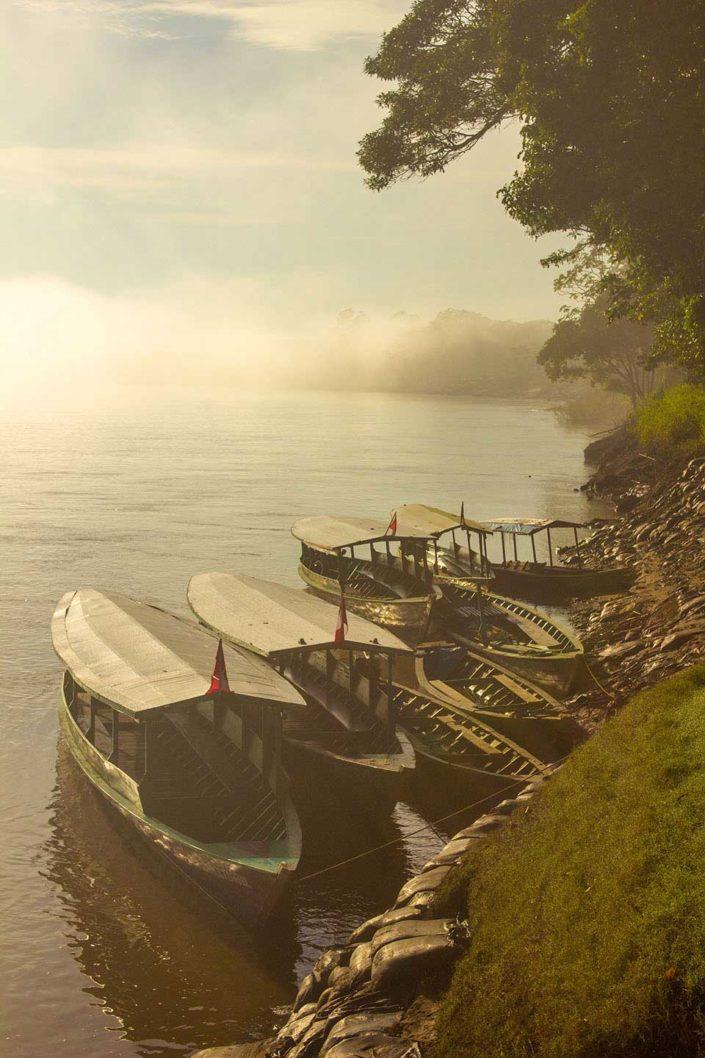 Botes en el río Madre de Dios