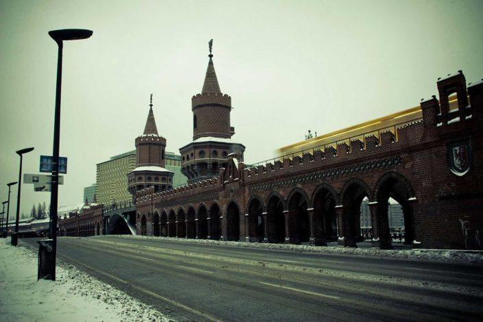 Puente, metro, nieve