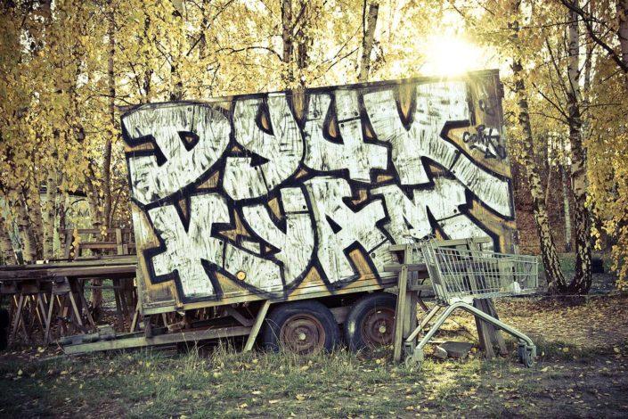 Camión con grafitti